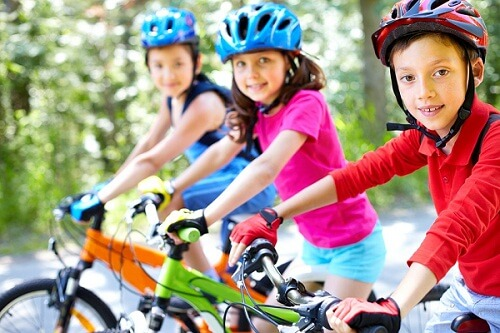 Cycling safety tips for children
